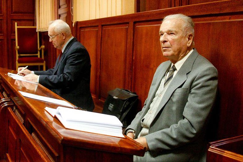 Sąd 5 czerwca zdecyduje, czy zawiesić proces Kiszczaka