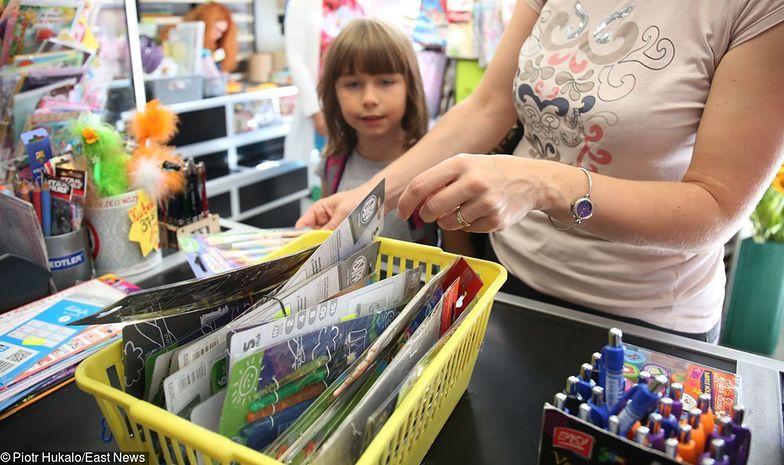 """Pieniądze z programu """"Dobry start"""" mogą byc przeznaczone na szkolne przybory, ale rodzice mogą zadecydować inaczej"""