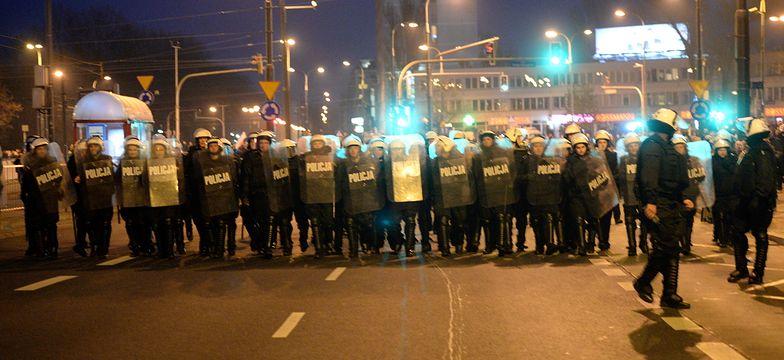 Organizatorzy marszu: policja złamała prawo; KSP: działaliśmy właściwie