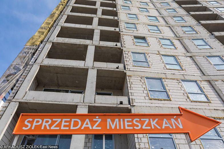 Małe mieszkania w przeliczeniu na metr kw. są droższe, ale sprzedają się zdecydowanie lepiej niż duże