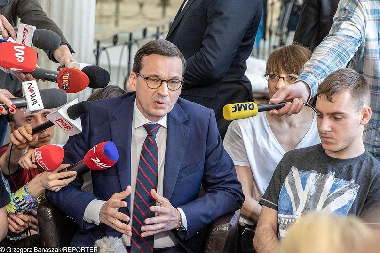 Premier Mateusz Morawiecki spotkał się z protestującymi w Sejmie. Obiecał pomoc za kilka tygodni