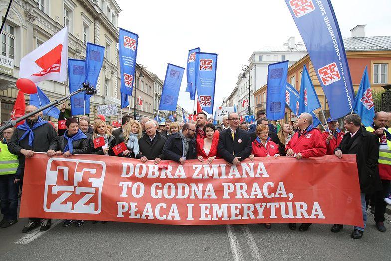 """""""Tego PiS nam nie zabierze!"""" - Polacy wyszli na ulice z okazji 1 maja"""