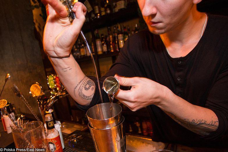 Nie jest tajemnicą, że na rynku brakuje dobrych i profesjonalnych kelnerów i barmanów