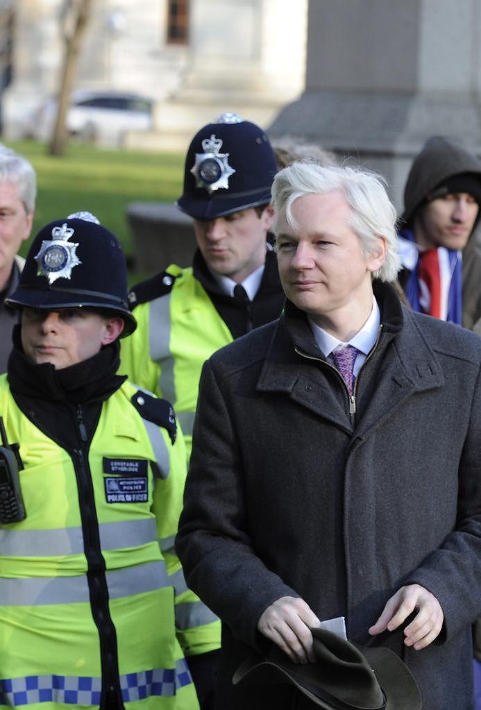 Assange kwestionuje w sądzie wniosek o ekstradycję