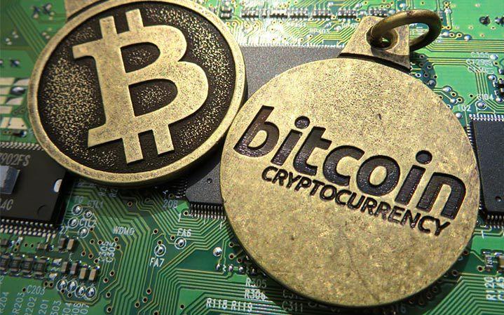 Bitcoinowy rollercoaster. Jednego dnia można dużo zyskać, by później więcej stracić