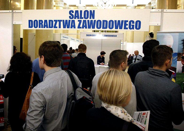 """Bezrobocie w Polsce poniżej 10 procent jeszcze w 2015 roku? """"To możliwe"""""""