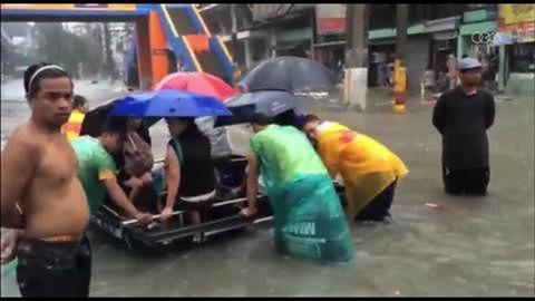 Tropikalna burza Fung-Wong spowodowała powódź w stolicy Filipin