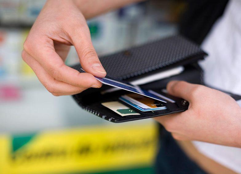 Płatność zbliżeniowa bez PIN-u do 100 zł. Mastercard ma zgodę NBP