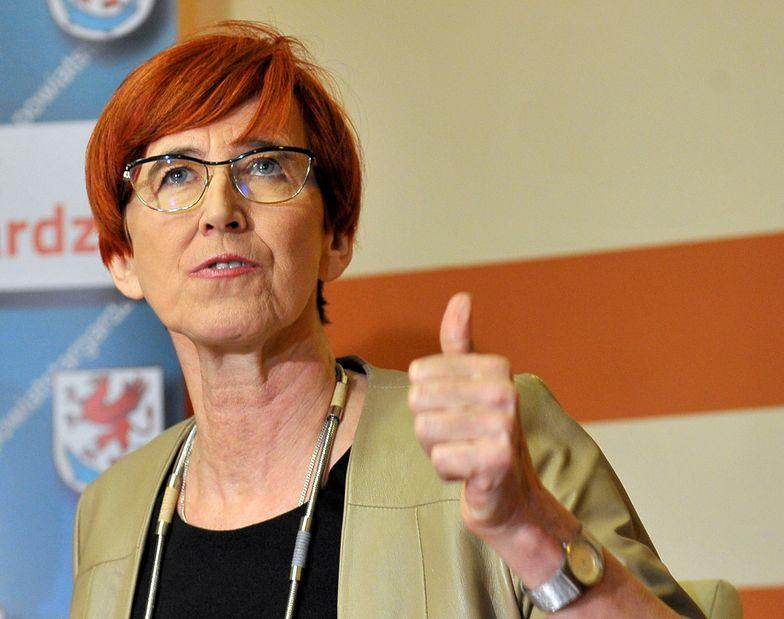 Minister Rafalska powinna być zadowolona. Kobiety nie rezygnują z pracy przez 500+