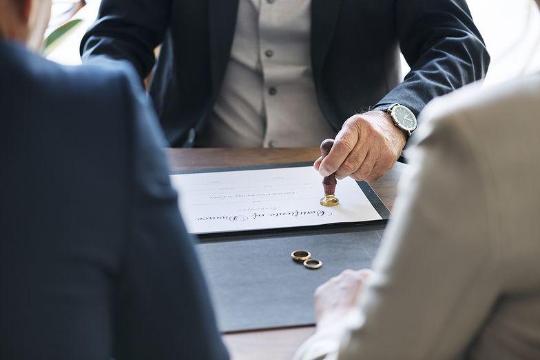 Kwestia podziału majątku nie wypływa w przypadku par, które zawarły intercyzę przed wstąpieniem w związek małżeński