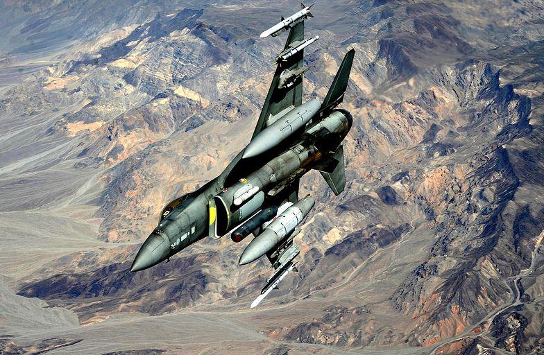 Amerykański F-16 rozbił się w Jordanii