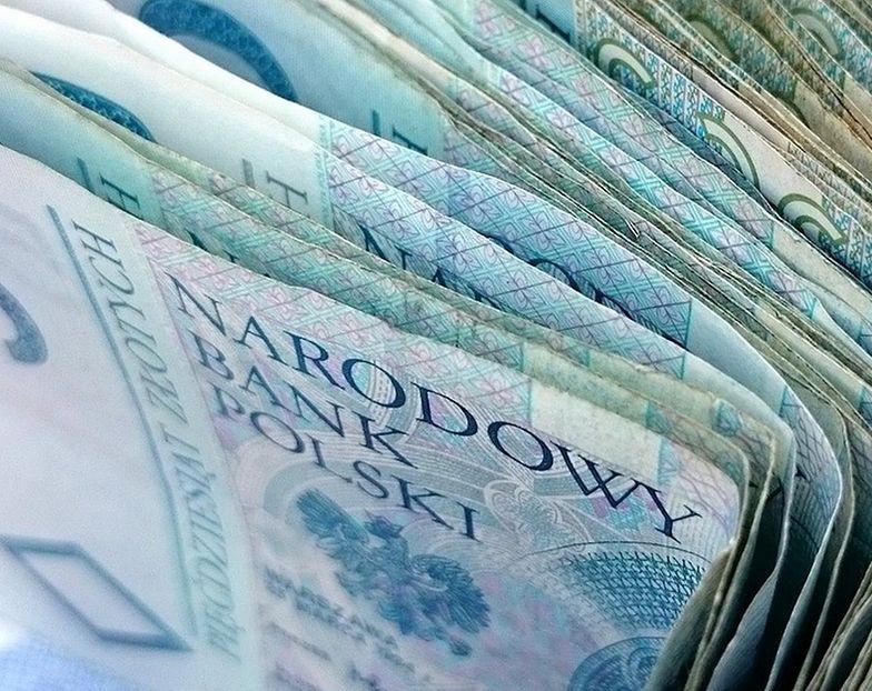 Banki już płacą podatki. Zobacz ile