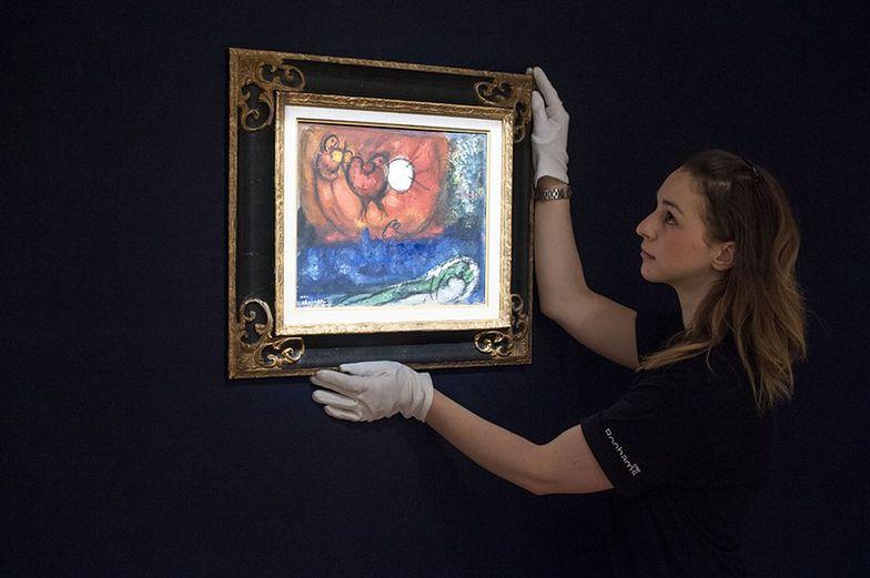Popularne stały się inwestycje w dzieła sztuki czy zabytkowe auta. Polacy zarabiają na nich nawet kilkaset procent