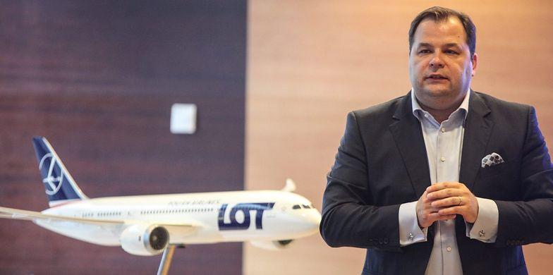 Przed prezesem LOT-u Sebastianem Mikoszem <br>stoi trudne zadanie