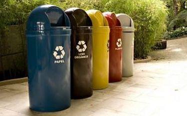 Ustawa śmieciowa. Polacy nie składają oświadczeń