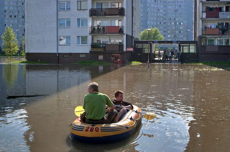 Pomoc dla powodzian. Wyjazdy i zasiłki dla poszkodowanych dzieci