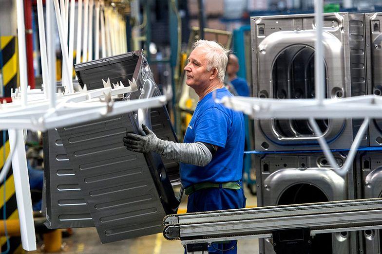 Ograniczenia w dostawach prądu. Upał zatrzyma fabryki?