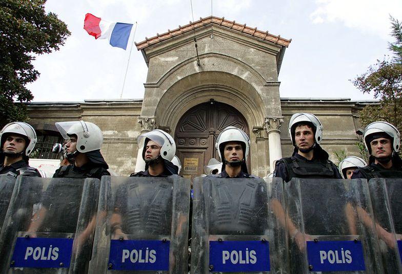 Korupcja w tureckiej policji. Dalszy ciąg czystek