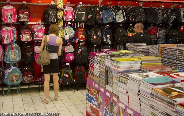 Pieniądze na szkolne zakupy mają trafić do rodziców w sierpniu tego roku