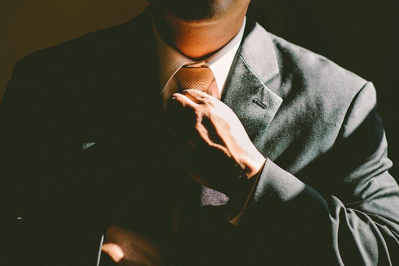 Samozatrudnienie wiąże się z pewnym ryzykiem, jednak przynosi również korzyści