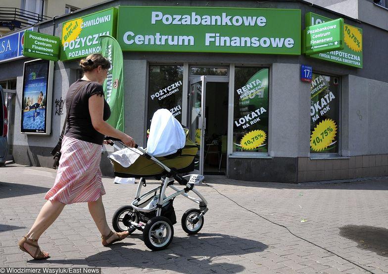 Pozabankowe Centrum Finansowe. Obiecywali 25 proc. zysku, monity wysyłali gołębiem pocztowym. Straty? 14 mln zł