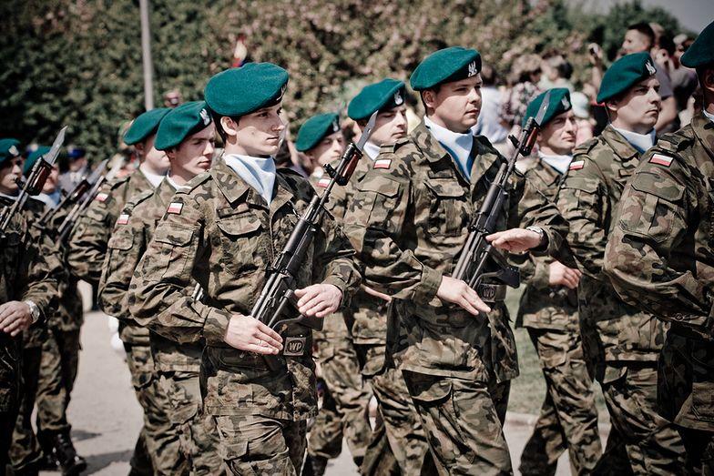 To pierwsza w tym roku podwyżka dla wojska.