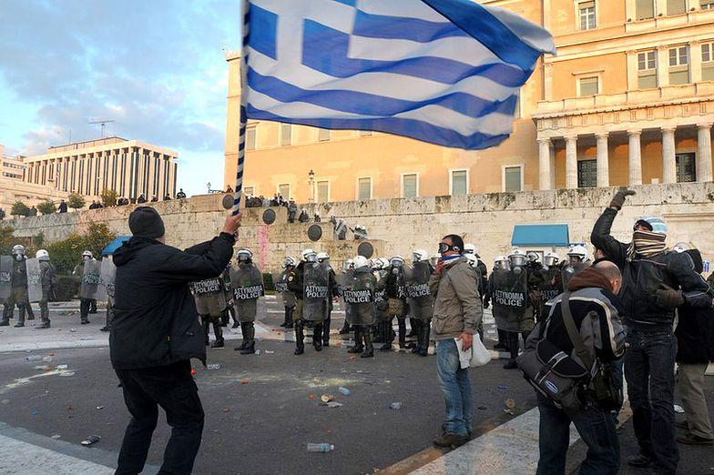 Greccy lekarze przedłużają strajk o tydzień
