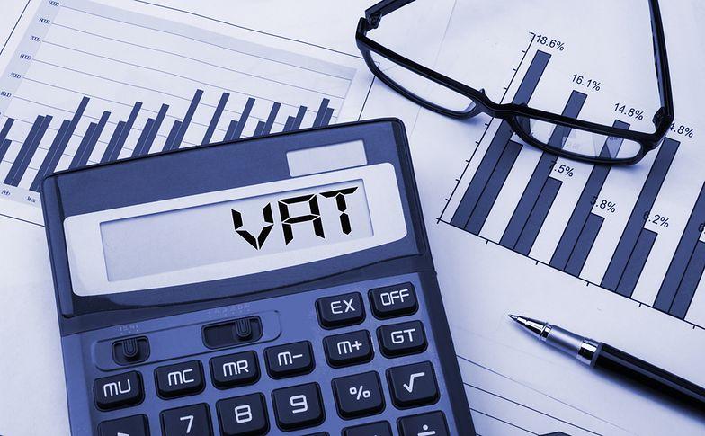 Podatek od towarów i usług (VAT) obowiązuje w Polsce od 1993 r.