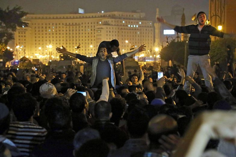 Kair protestuje przeciwko uniewinnieniu Mubaraka