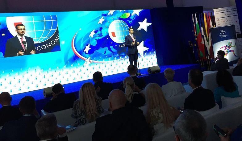 Mateusz Morawiecki jestzadowolony z efektów programu Rodzina 500+