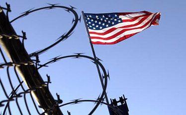 Więzienia CIA w Polsce. Prokurator chce czasu