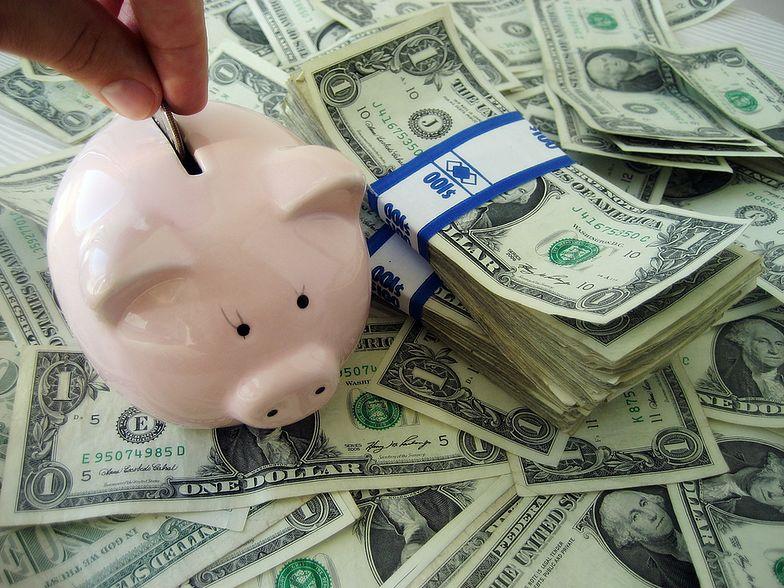 W celu skorzystania z funduszu socjalnego pracownik powinien złożyć odpowiedni wniosek