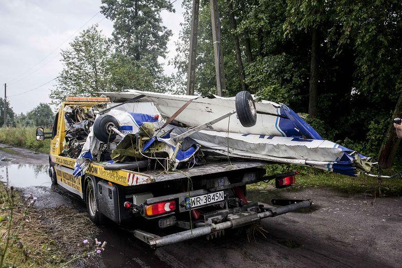 Wypadek samolotów w Radomiu. Prokuratura zabezpieczyła wraki
