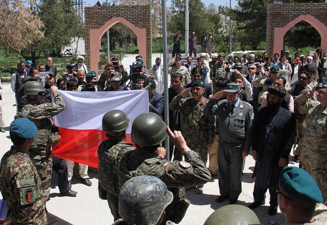 Misja w Afganistanie. Polskie wojsko opuszcza bazę w Ghazni