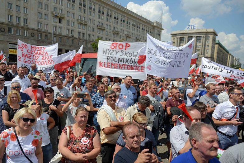 Manifestacja rozpoczęła się na Placu Konstytucji.