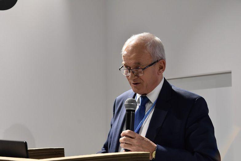 """Tchórzewski przekonuje, że dzięki rekompensatom """"nie będzie podwyżek w sprawach związanych z energią elektryczną""""."""