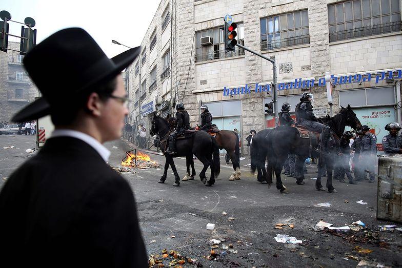 Protest skrajnych ortodoksów w Izraelu. Przeciw służbie wojskowej