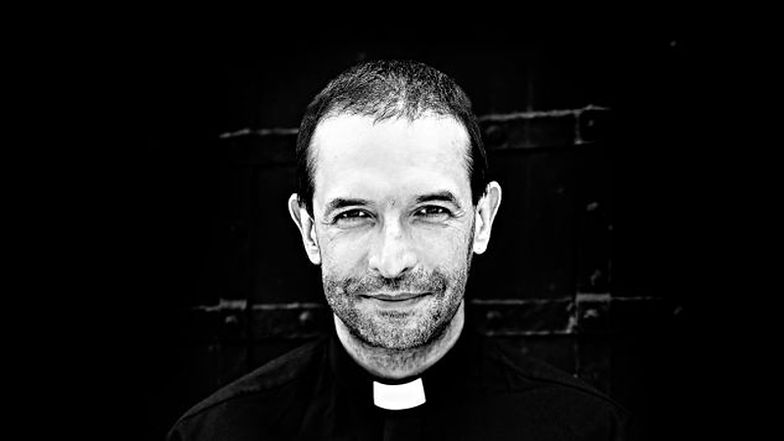 Ks. Jacek Stryczek: Jezus wcale nie kazał się dzielić. To mit. Nie ma nic niemoralnego w zarobkach prezesów