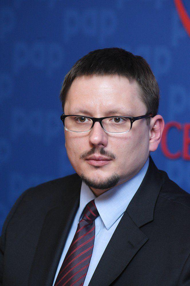 Nowy prezes LOT. Rafał Milczarski, specjalista od transportu kolejowego