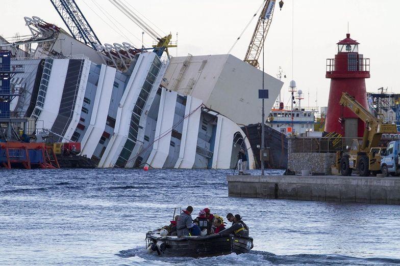 Wrak Costa Concordia podniesiony, sukces wielkiej operacji