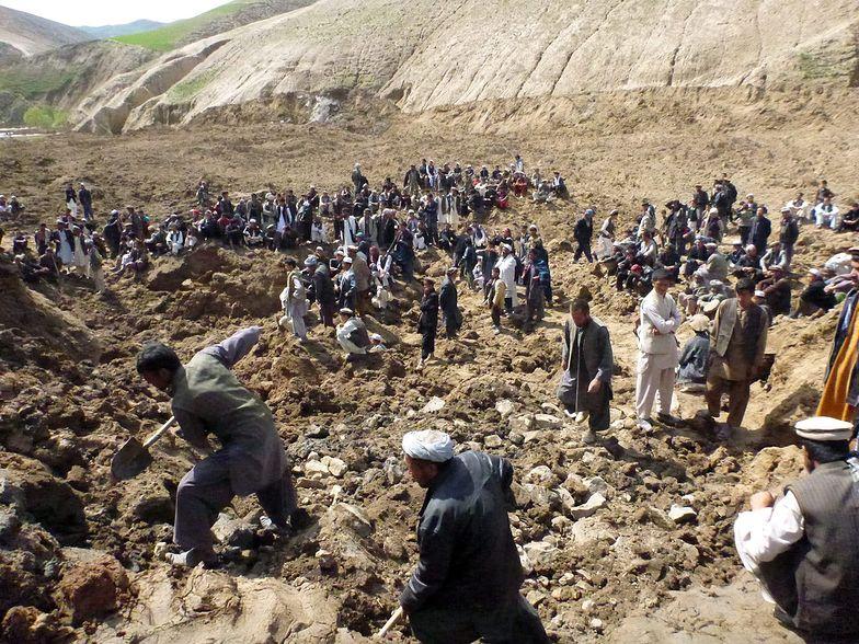 Powódź w Afganistanie zabiła ponad 80 osób