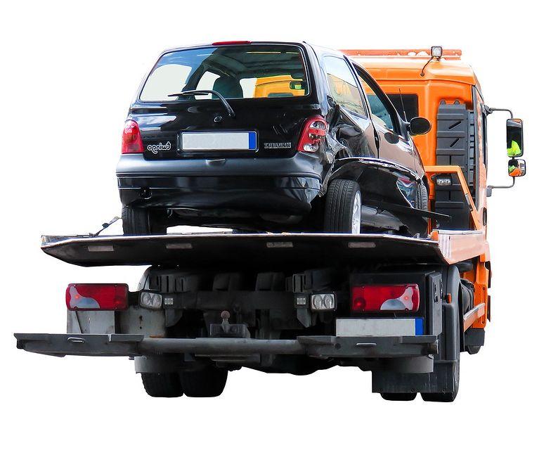 Smart Casco to ubezpieczenie samochodu, które od AC różni nieco węższy zakres, dzięki czemu cena polisy jest stosunkowo niska