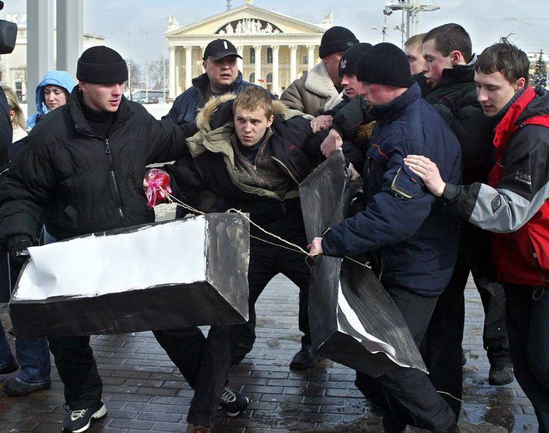 Wielka Brytania. Uwolniono 12 Polaków zmuszanych do niewolniczej pracy