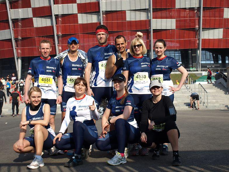 Nasi biegacze podczas ubiegłorocznego maratonu w Warszawie.