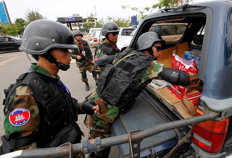 Kambodża: pedofile w sierocińcach