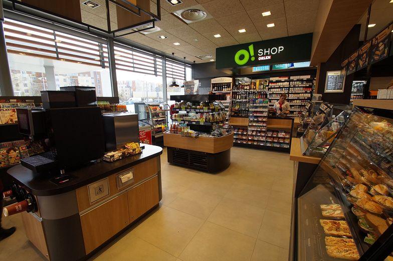 Rośnie sprzedaż produktów spożywczych na stacjach paliw