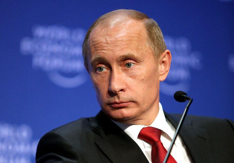 Kurs rubla znowu spada. Przebił psychologiczną granicę 50 RUB za dolara