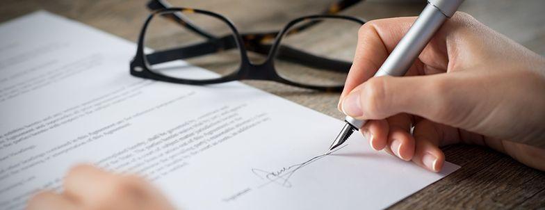 Kara umowna jest zabezpieczeniem i formą rekompensaty za straty, jakie może spowodowac niewywiązanie się z umowy