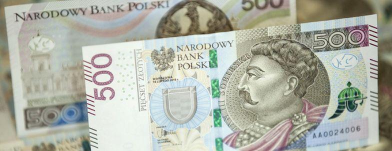Zmiany w 500+ zapowiedział Jarosław Kaczyński. Szczegóły mają być znane w połowie miesiąca