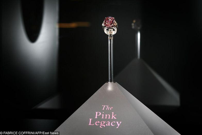 Christie's sprzedaje największy różowy diament w swojej historii